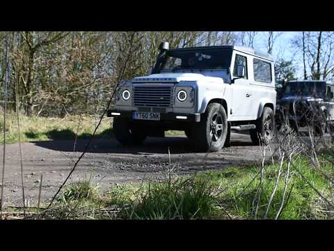 Off Roading - 2018 - Landrover Defenders