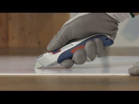 Uline Comfort-Grip Self-Retracting Safety Knife