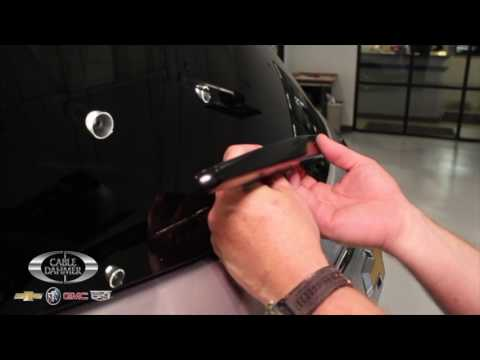 How to replace the rear wiper on a 2017 Traverse.