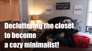 Decluttering To Become A Cozy Minimalist
