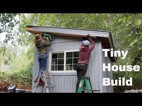 Tiny House Build - Wiring, Insulation, Drywall!