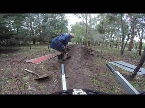how to build a mtb jump (EASY!!!)