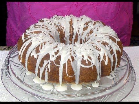 Puerto Rican Coconut Rum Cake - Bizcocho Coco-Ron