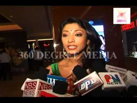 Paoli Dam is playing with her hairs infront of the media on the launch of Ankur Arora Murder Case