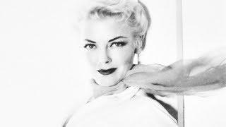 Vivian Blaine - I don't care if the sun don't shine (live, 1950)