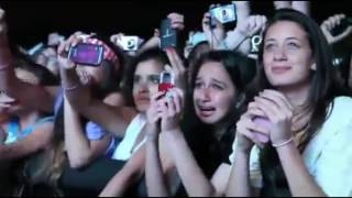 Beliebers / Fans Reactions to Justin Bieber (compilation)