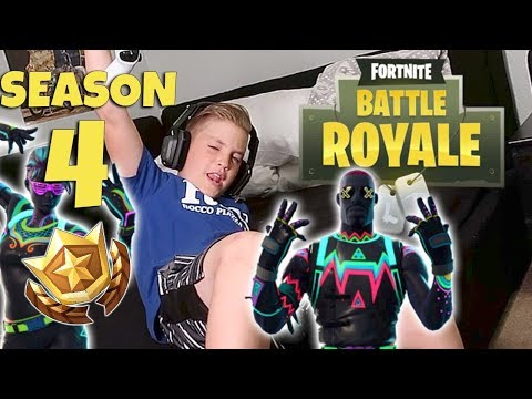 FORTNITE:  IS SEASON 4 BATTLE PASS THE BEST?  (ROCCO PIAZZA