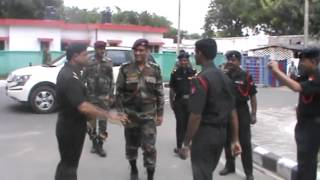 MS Dhoni superb entry in Agra