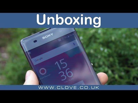 Sony Xperia XA Unboxing