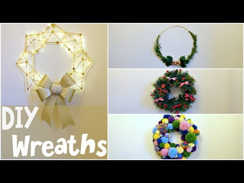 Easy to Make Unique Christmas Wreaths