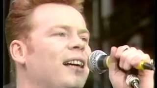 UB40 - Red Red Wine (live 1988 Nelson Mandela concert)