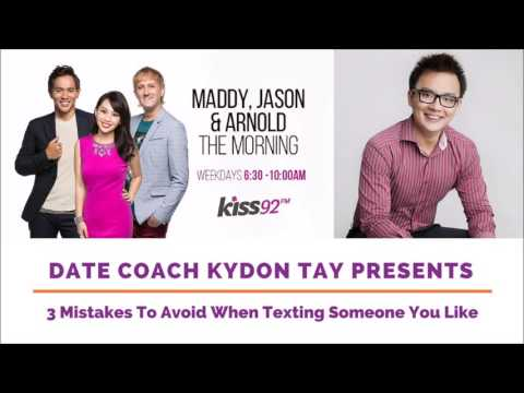 Lunch Actually Academy: 3 Mistakes To Avoid When Texting Someone You Like
