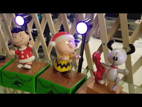 Hallmark's Peanuts Christmas Music Band 2017
