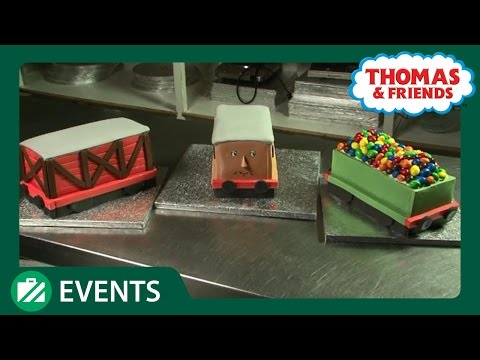 Thomas Carriage Cake for Hamleys | Events Out with Thomas | Thomas & Friends