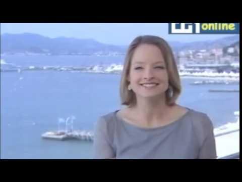 Jodie Foster speaks Italian!