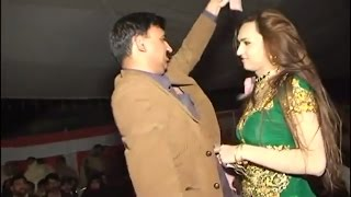 Sheroz dancer latest unseen mujra @private desi wedding party 2017