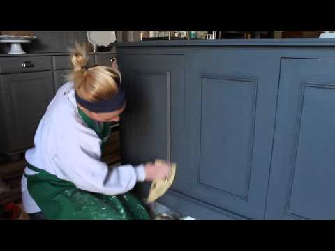 How to Distress Painted Furniture: A Tutorial from Chic California