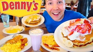 Eggs, Bacon, Hash Browns, & Pancakes • Denny's • MUKBANG