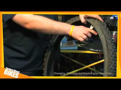 Changing a bicycle tyre or inner tube