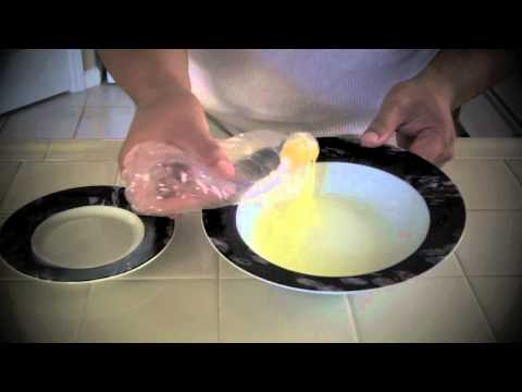 How to remove egg yolk from the whites