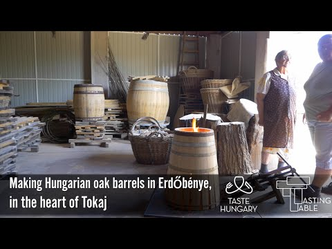 Making Oak Barrels the Traditional Way in Erdőbénye