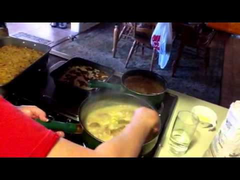 How to make giblet gravy part 4 of 5