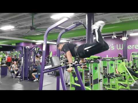 Flying Push-Ups Really Useful For Increase Your Bench Press