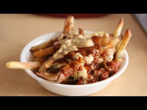 Wendy's Chili Cheese Fries Recipe (TTOD #8 3.2.13) American - The Take Out Diet