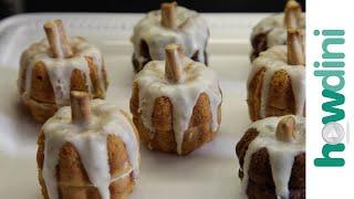 How to Make Mini Pumpkin Spice Cakes