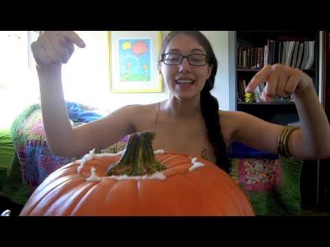 Slave Princess Leia Getting Ready For Halloween