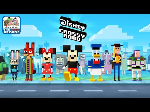 Disney Crossy Road - Cross The Streets Filled With Crazy Disney Obstacles (iOS/iPad Gameplay)