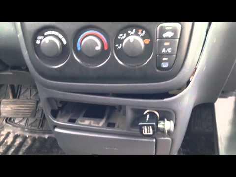 Radio Removal 2001 Honda CR-V