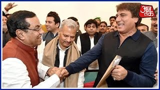 Samajwadi Party Seals Deal With Congress; Keeps 298 Seats, Gives Away 105
