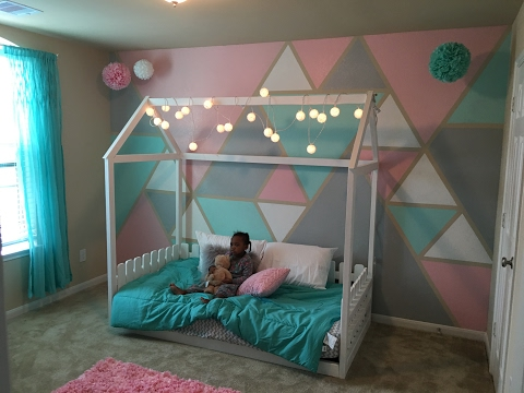 DiY: Twin size toddler house bed