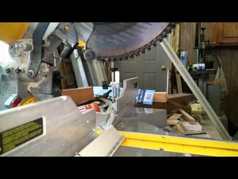 Cutting aluminum with miter saw