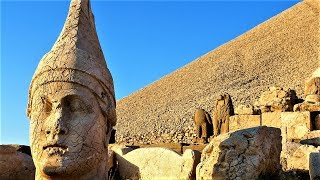 10 Most Mysterious Ancient Statues