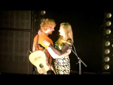 Ed Sheeran Brings Girl Up On