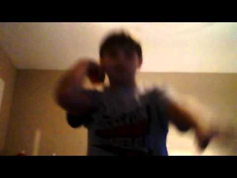 how to hold and throw a yoyo