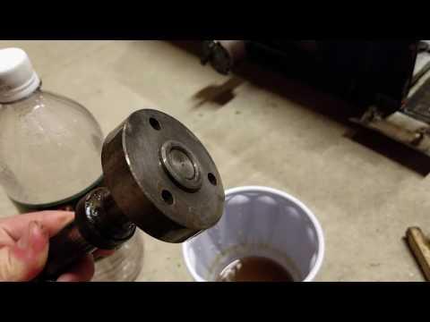 Distilled White Vinegar as a Rust Remover