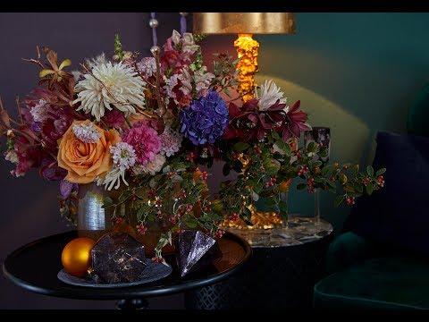 Christmas flower arrangement How to make