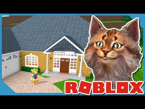 BUILDING MY DREAM HOUSE IN ROBLOX