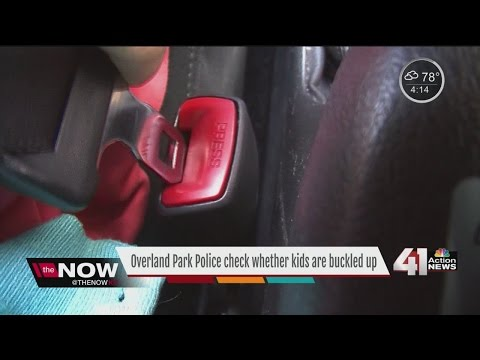 Overland Park police check whether kids are buckled up