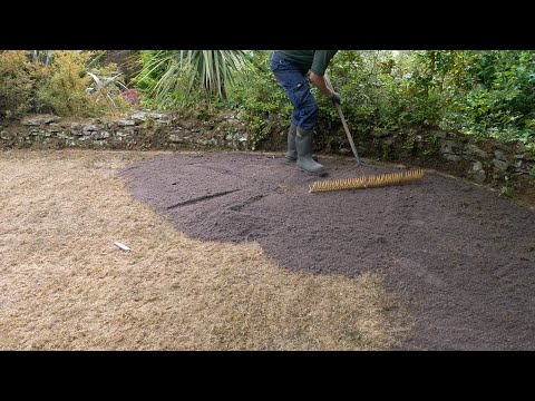 Lawn Care - Top Dressing Applications