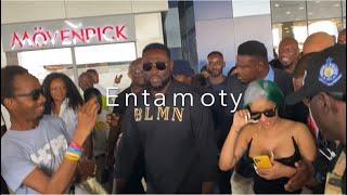 Cardi B finally Arrives In Ghana Ahead of concert