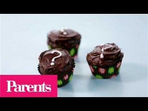 Baby Shower Ideas - Easy Gender-Reveal Cupcakes | Parents