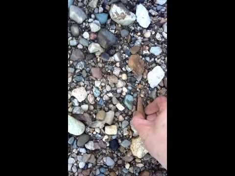 Illinois creek hunting arrowheads