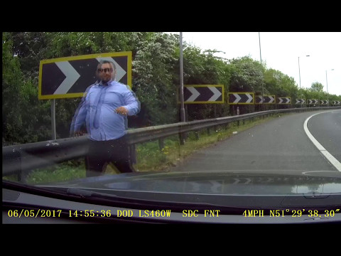 UK Dash Cam - Petrol and rings roadside scam - Be mindful when stopping to help