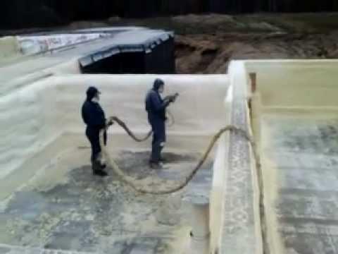 Polyurethane foam, basements wall insulation.Izolacja fundamentów pianką poliuretanową