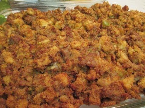 Italian Sausage Cornbread Dressing Recipe - I Heart Recipes