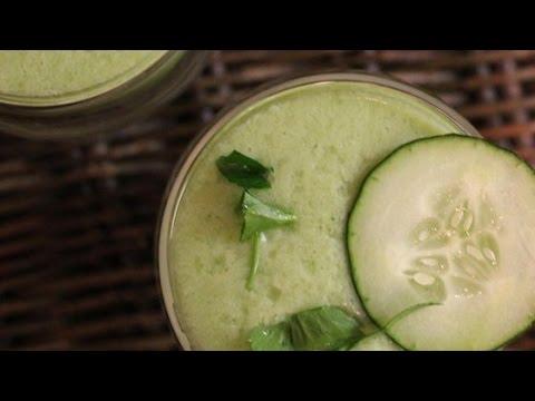 Easy Cucumber Pear Smoothie Recipe